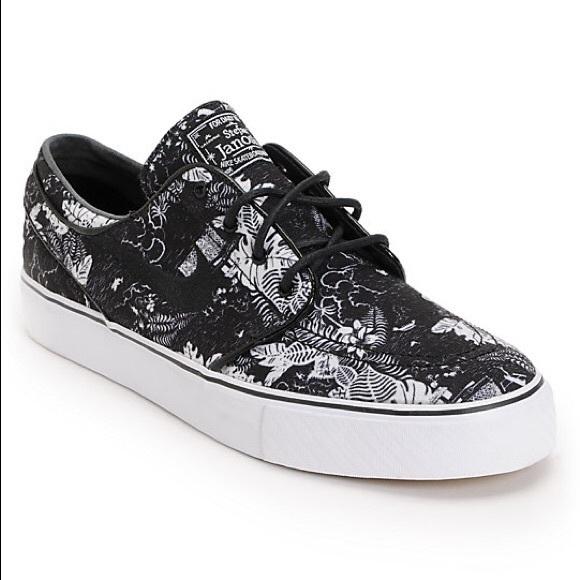 NIKE SB Stefan Janoski Black Floral Shoes. M 5c3cef8d34a4ef23f7f4e28c 1c79c44a4